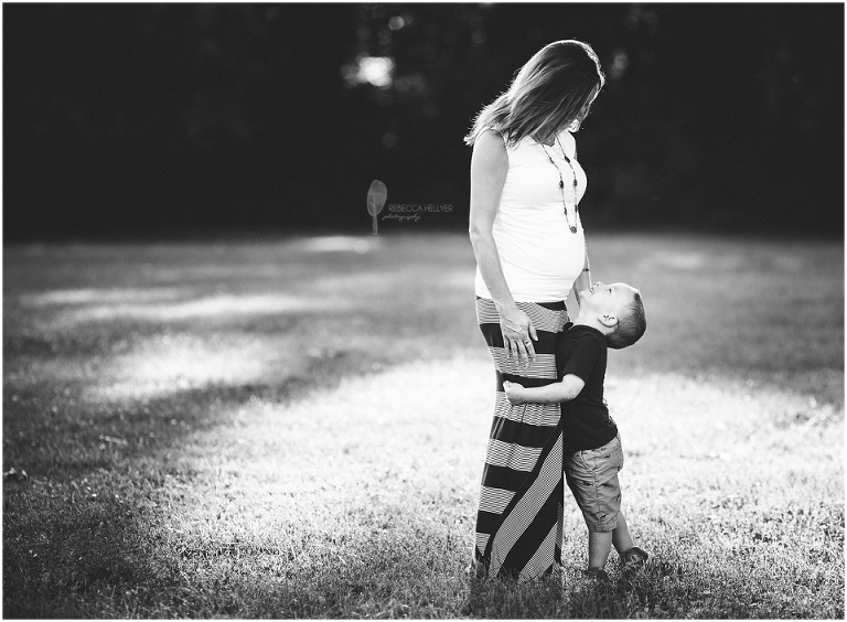 Chicago Maternity Photographer | La Bagh Woods | Rebecca Hellyer Photography